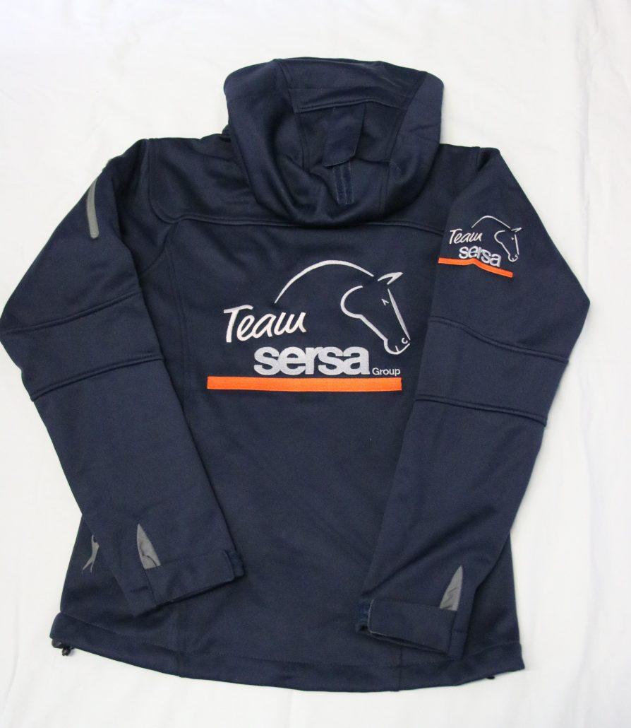 Softshell-Jacke, Polo-Shirt, Sweat-Jacken, Schabracken, Ohrengarn, Boxenvorhänge